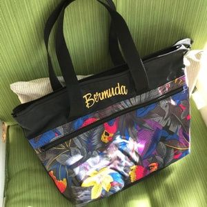 Handbags - Bermuda Tote - ADD ON for $5 when you bundle!
